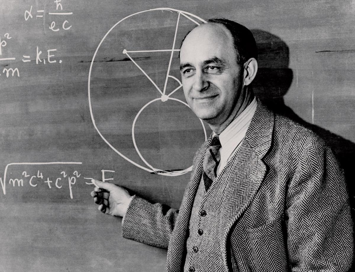 aaa-Enrico Fermi chalkboard_0